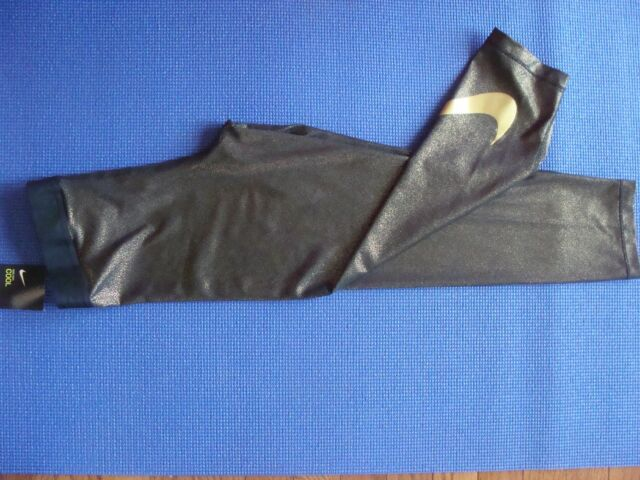 ade3035551cc86 Women's Nike Metallic Sparkle CAPRI training tight Pant 864957 010 Size ...