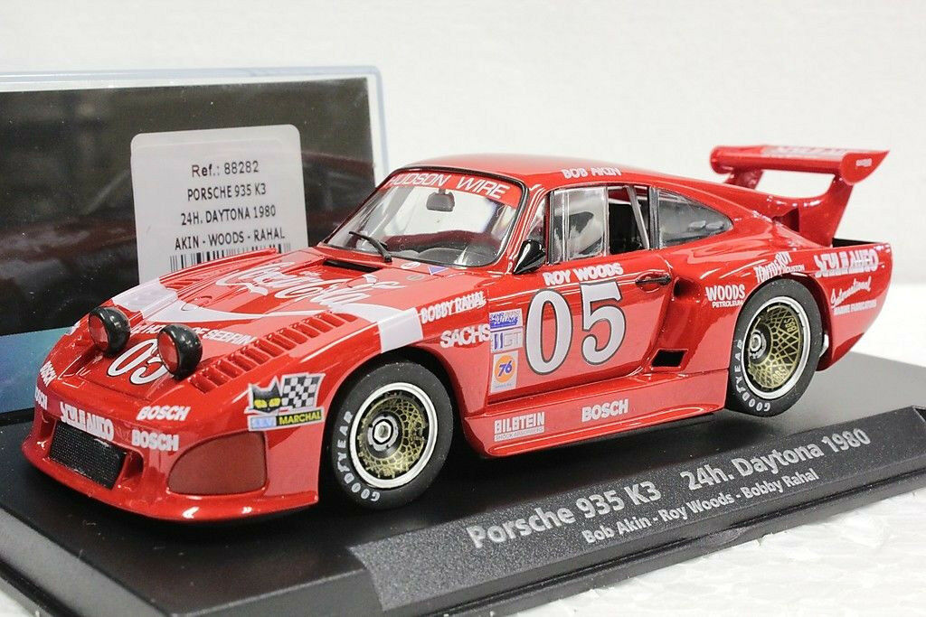 Fly 88282 PORSCHE 935 K3 Coca Cola Daytona 1980 NEUF 1 32 Slot Car in Display
