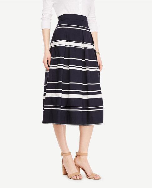 Ann Taylor Petite Stripe Pleated Midi Skirt, white navy sz. 8 Petite, ret. 129