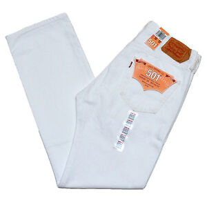 Old Navy has a collection of white pants that provides a stylish look and a comfortable fit. Choose from white pants in a wide selection of fabulous styles and colors.