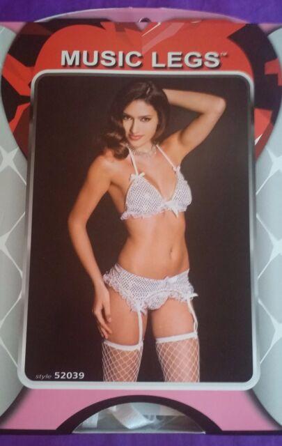 Music Legs 52039 Sequined Bra Garter Belt And Thong Set