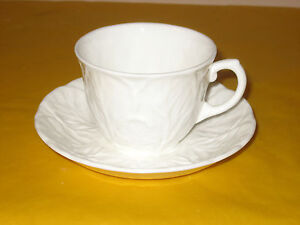 WEDGWOOD-COUNTRYWARE-CUPS-amp-SAUCERS-CUP-dia-3-25-034-height-2-5-034-different-backstamp