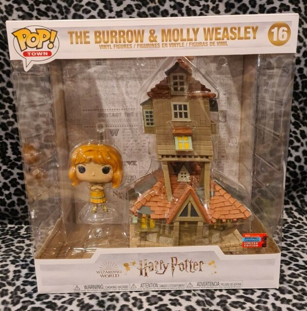 NYCC 2020 Funko Pop! Harry Potter The Burrow & Molly Weasley GREAT CONDITION!!