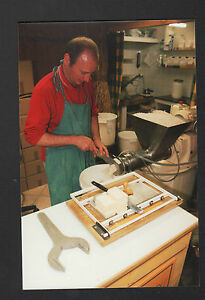 SANARY-sur-MER-83-ARTISAN-FACONNIER-de-SAVON-VEGETAL-en-2000
