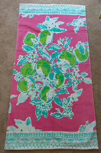 Pottery Barn Kids X Lilly Pulitzer Summer Beach Towel Pink