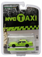 Greenlight 2011 Ford Crown Victoria York City Nyc Boro Taxi 1:64 Green 29858