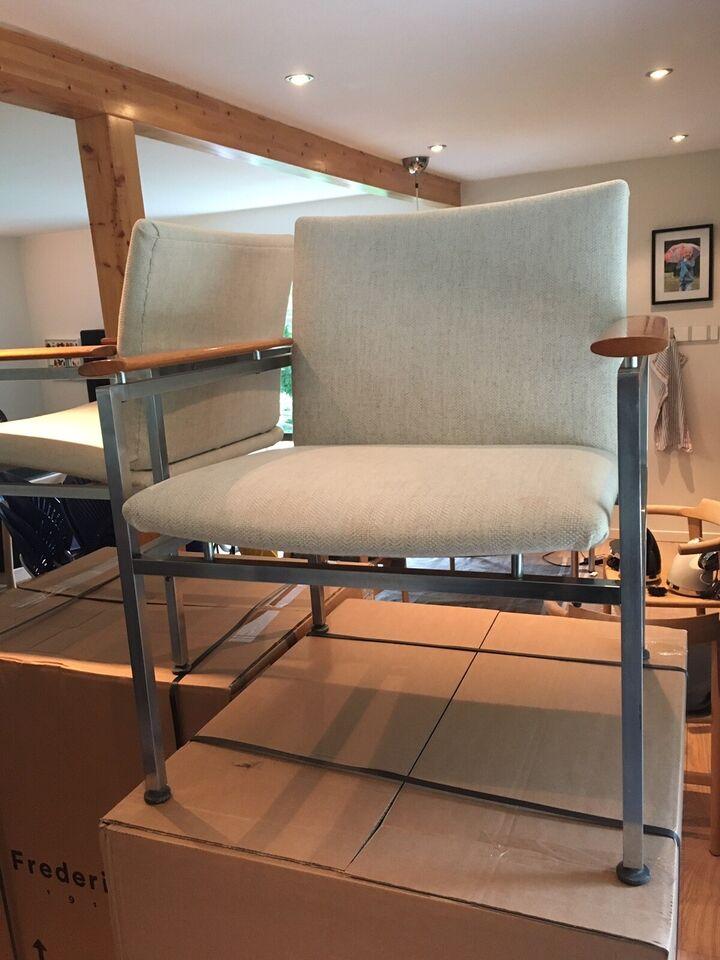 Anden arkitekt, Sigvard Bernadotte lounge stole, Lounge