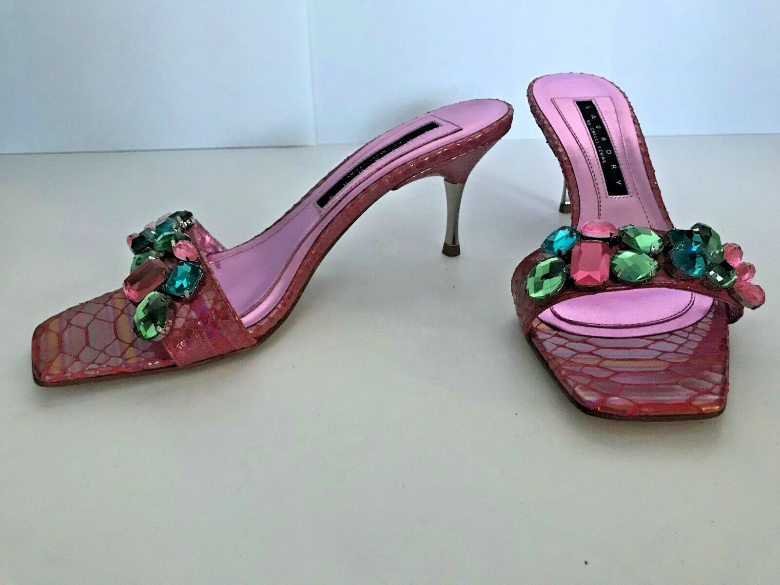 LAUNDRY By SHELLI SEGAL Vero Cuoio Slides Kitten Heels w  Rhinestones accent