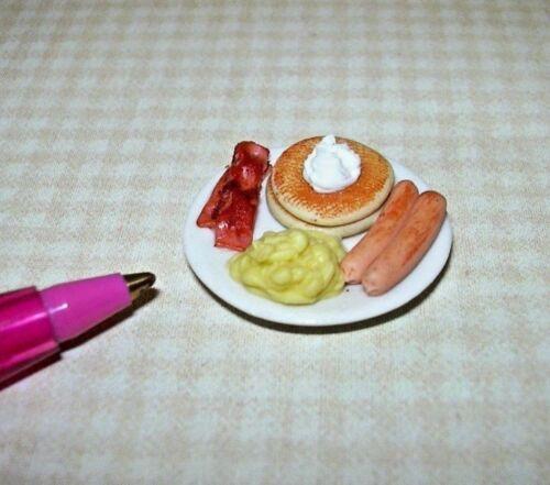 DOLLHOUSE 1:12 Miniature Pancake Breakfast w//Scrambled Eggs and Sausage//Bacon