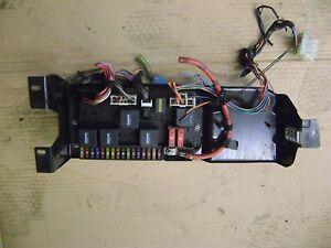03 04 05 range rover l322 rear fuse box assembly oem 4 4 yqe000351 range rover emergency brake image is loading 03 04 05 range rover l322 rear fuse