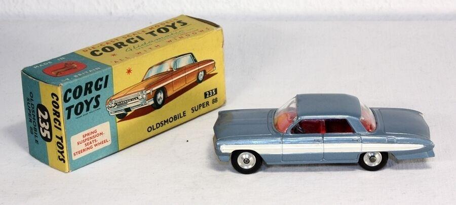 Corgi leksaker 235, Oldsbilene Super 88, Mint in låda _ab1636