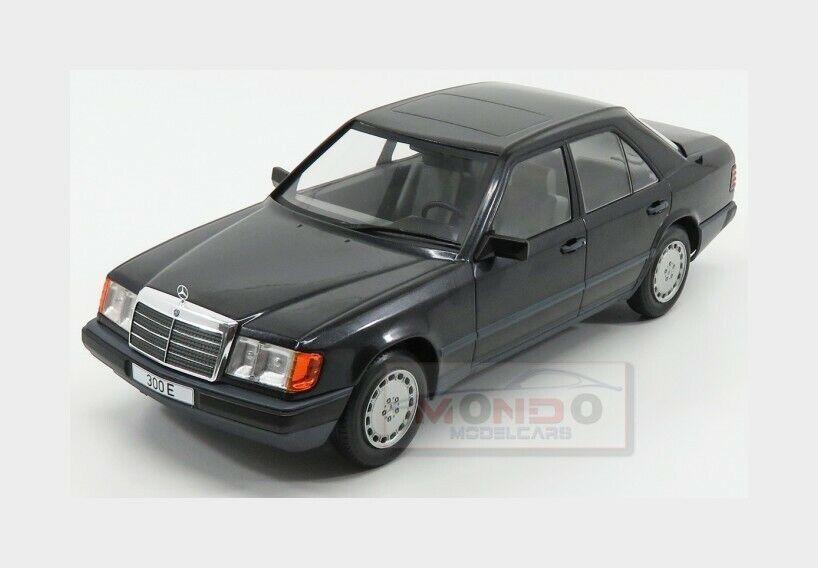 NEW W124 1//18 metallic-blue MCG 1984 Mercedes 300 E