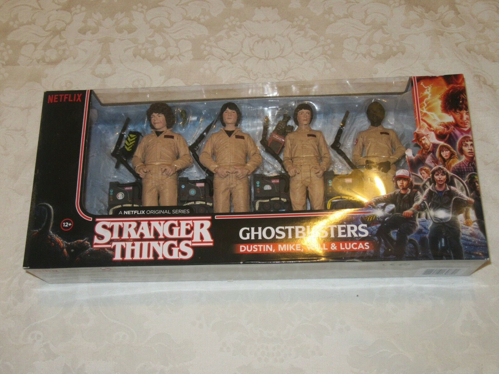 McFarlane giocattoli Netflix Stranger Things Ghostautoautobusters Dustin  Mike Will & Lucas Set  vendite online