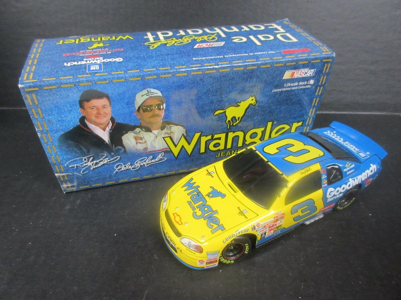1999 acción Dale Earnhardt Goodwrench Service Plus Wrangler -- -- escala 1 24th