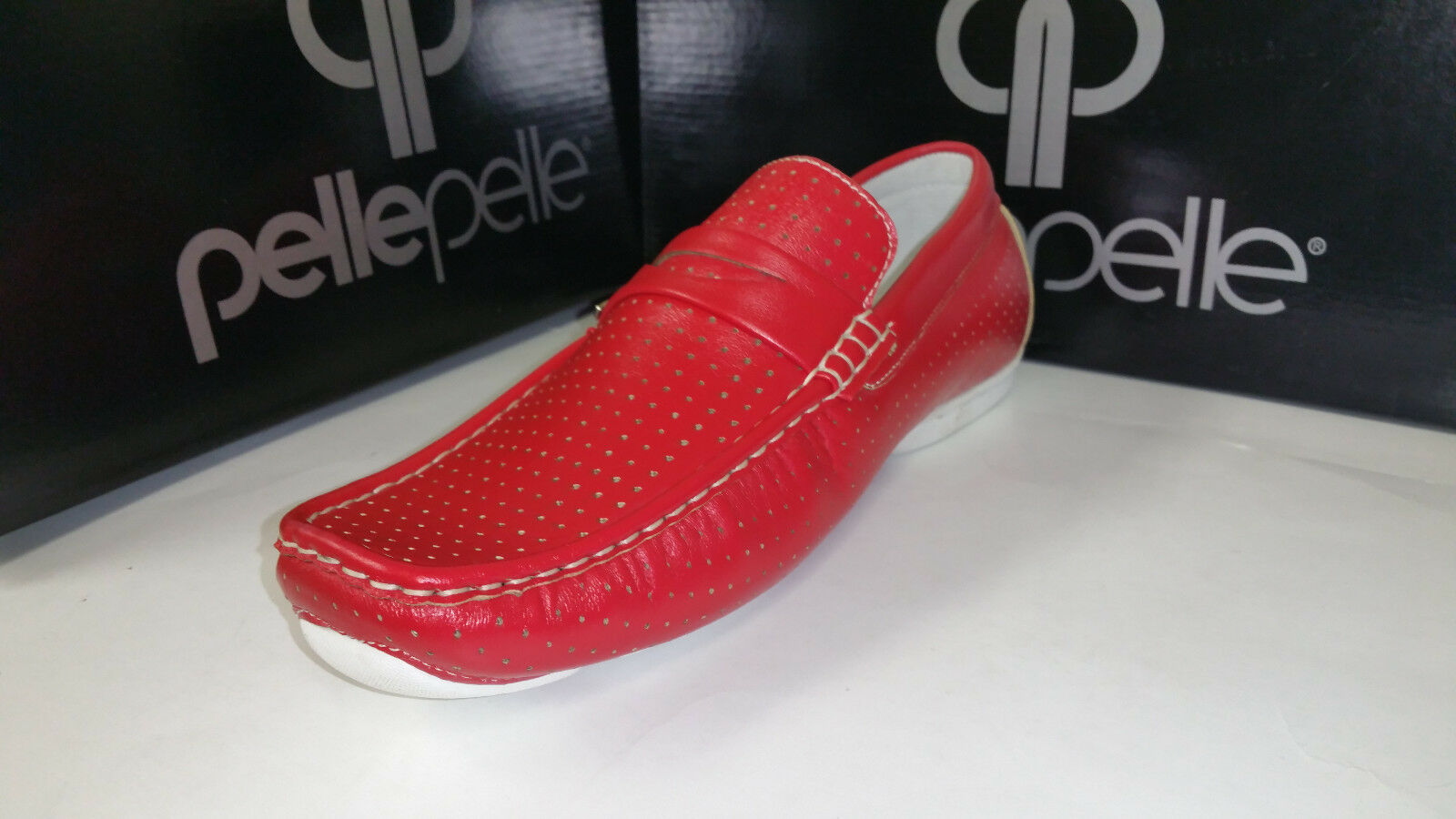 Pelle Pelle Red Leather Slip On Casual Loafer Boat Driving shoes size 7.5-12