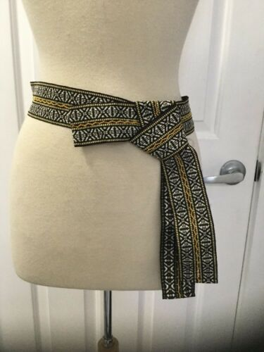NEW Urban Outfitters Embroidered Knot Belt
