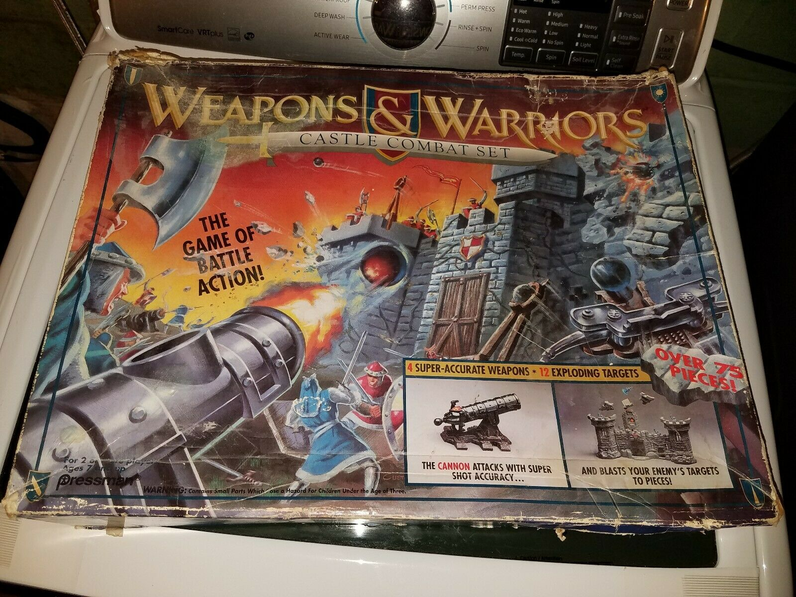 Weapons and Warriors Game (Castle Combat)