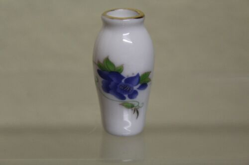 DOLLS HOUSE  = Loverly  Vase