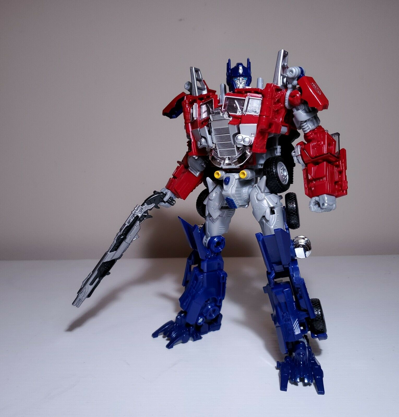 US Seller BB01 Legendary Optimus Prime Leader w Studio Series Megatron Scalientegun