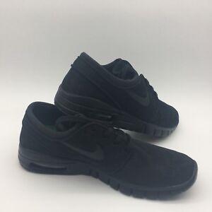 ef02f1bacdf Nike Men s Shoes