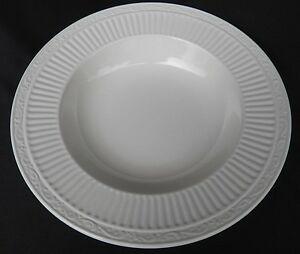 Set of 4 MIKASA ~ITALIAN COUNTRYSIDE DD900 White Rimmed Soup//Salad//Pasta Bowls