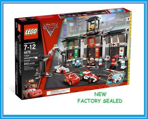 LEGO 8679  Movie Disney Pixar Cars 2 Tokyo race  McQueen Mater Luigi Guido New @