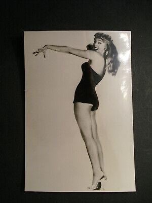Altes Akt Foto / Erotik um 1950 / Schöne kurvige Frau