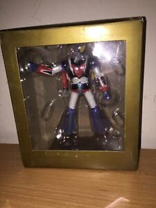 Go-Nagai-Robot-Collection-Speciale-GOLDRAKE-Goldorak-con-DELFINO-SPAZIALE-MIB