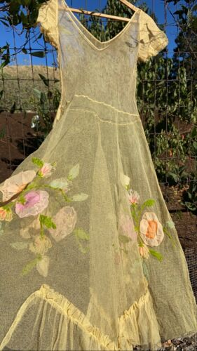 Vintage 1930s Dress Mesh Floral Embroidered Ruffle