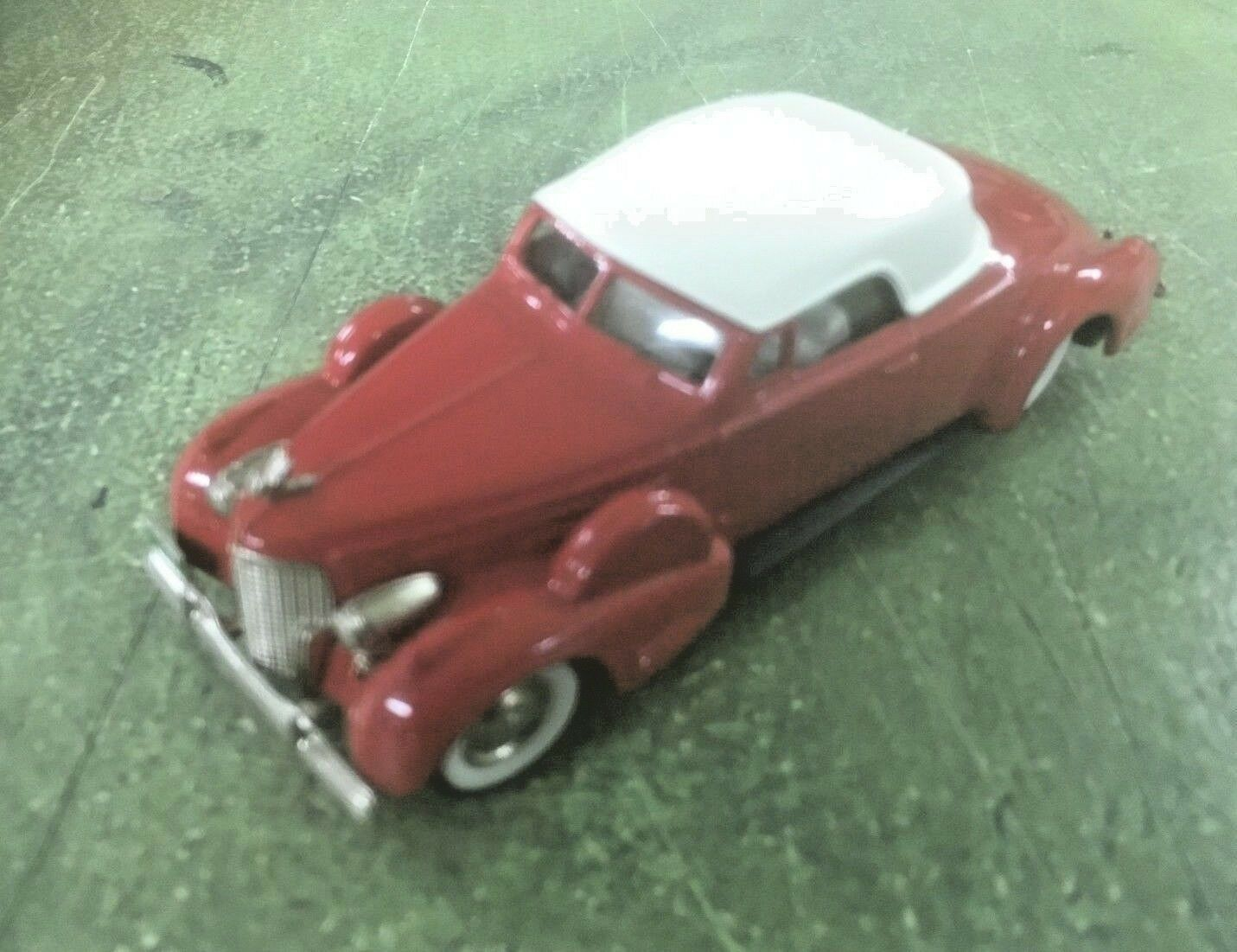 The Brooklin  Collection BRK14 1940 Cadillac V16 C.T.C.S. Toy Show 1 43 Scale  le style classique