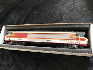 Locomotive-Ho-Jouef-8442-CC-21004