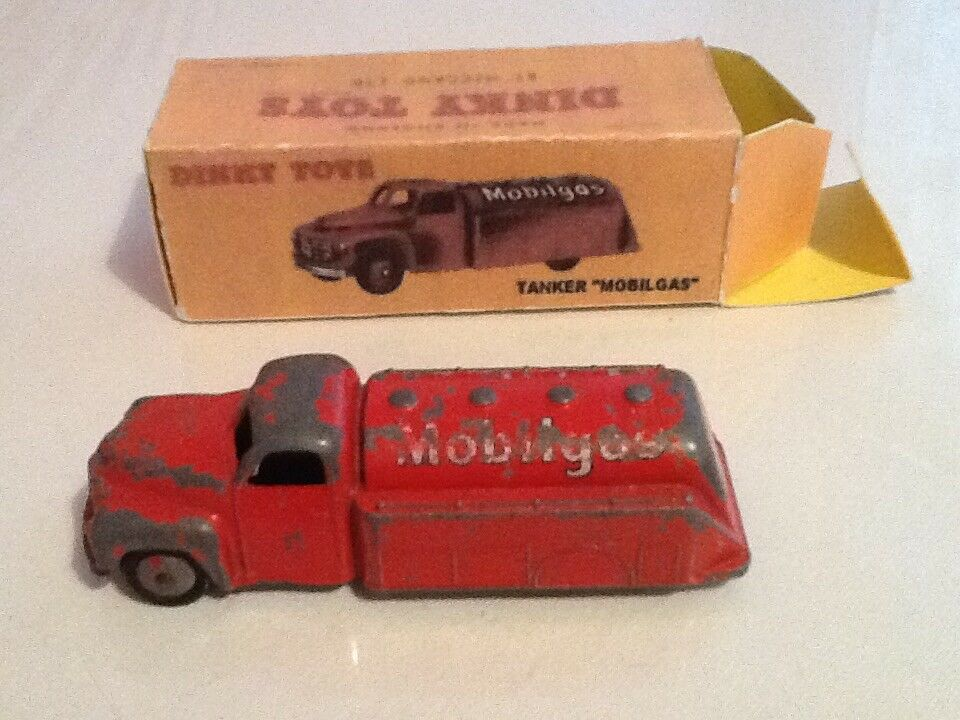 Dinky Toy Mobilgas tanker, boxed
