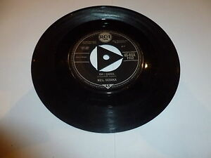 NEIL-SEDAKA-Oh-Carol-1959-UK-7-034-vinyl-single-with-intact-triangular-centre