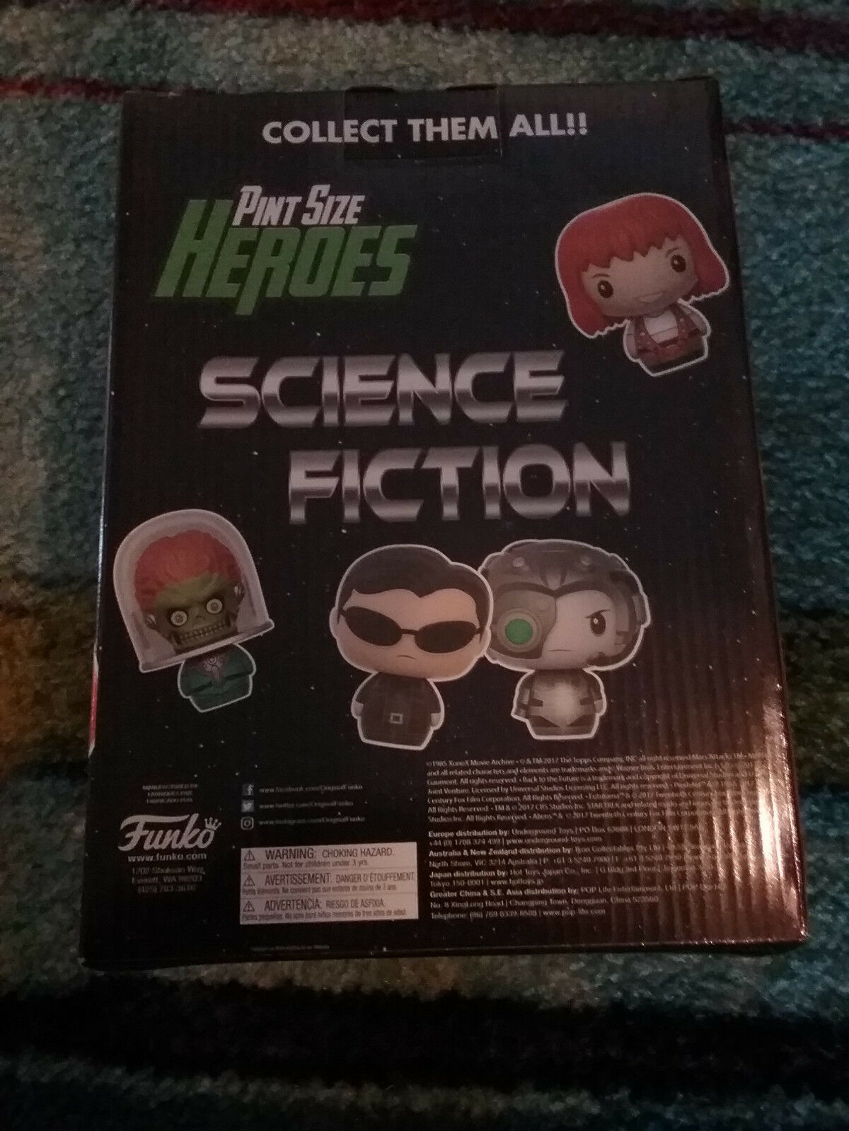 Funko Pint Size Heroes Science Fiction Counter Display BOX Robby Robby Robby Predator mask 318f7b