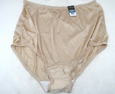 Vanity Fair Women/'s 15712 Ravissant Tailored Nylon Brief Panty Walnut 7//L