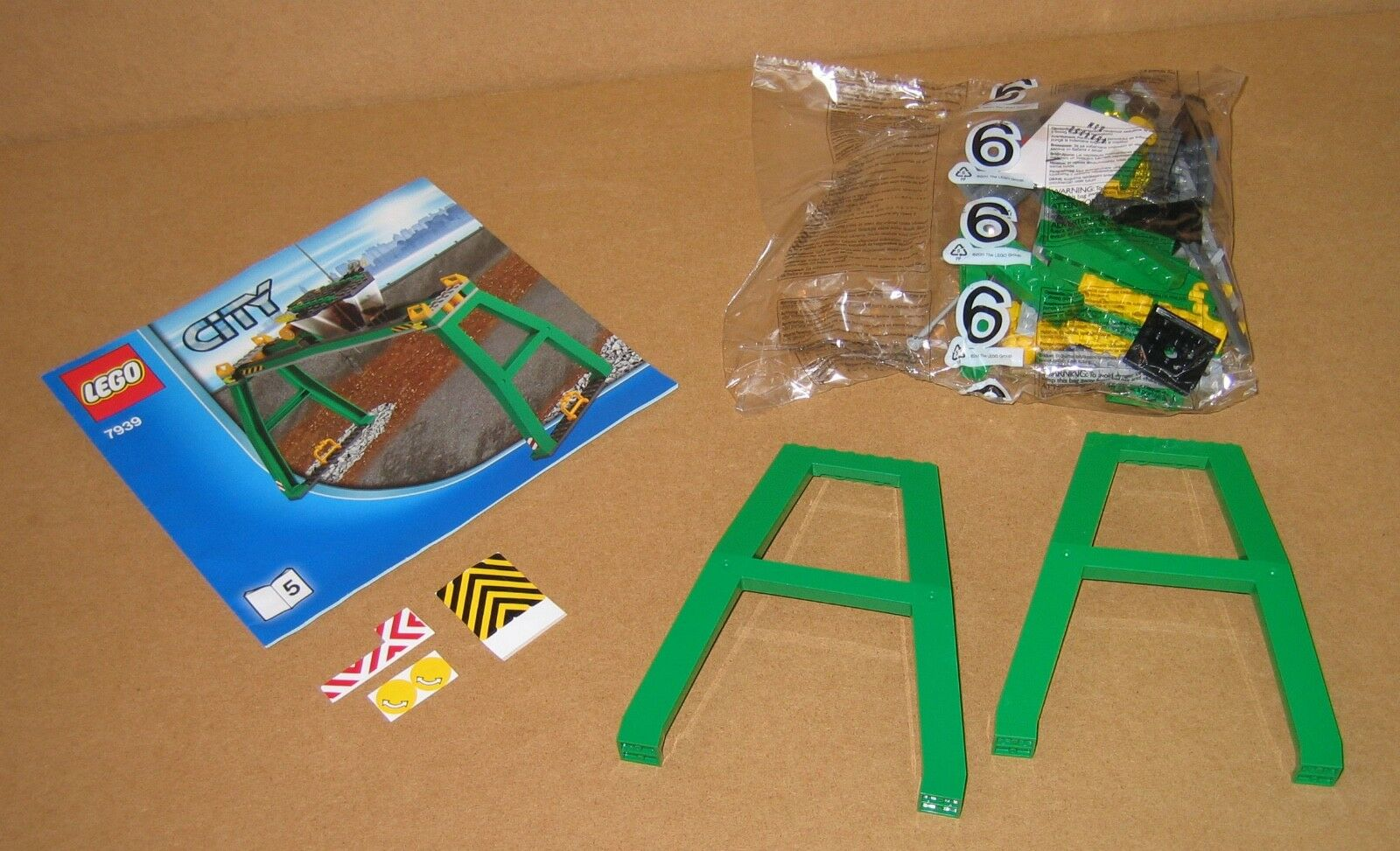 Lego 7939 tren de Cochega grúa sólo Sellado W pegatinas e instrucciones ex Cond 2010