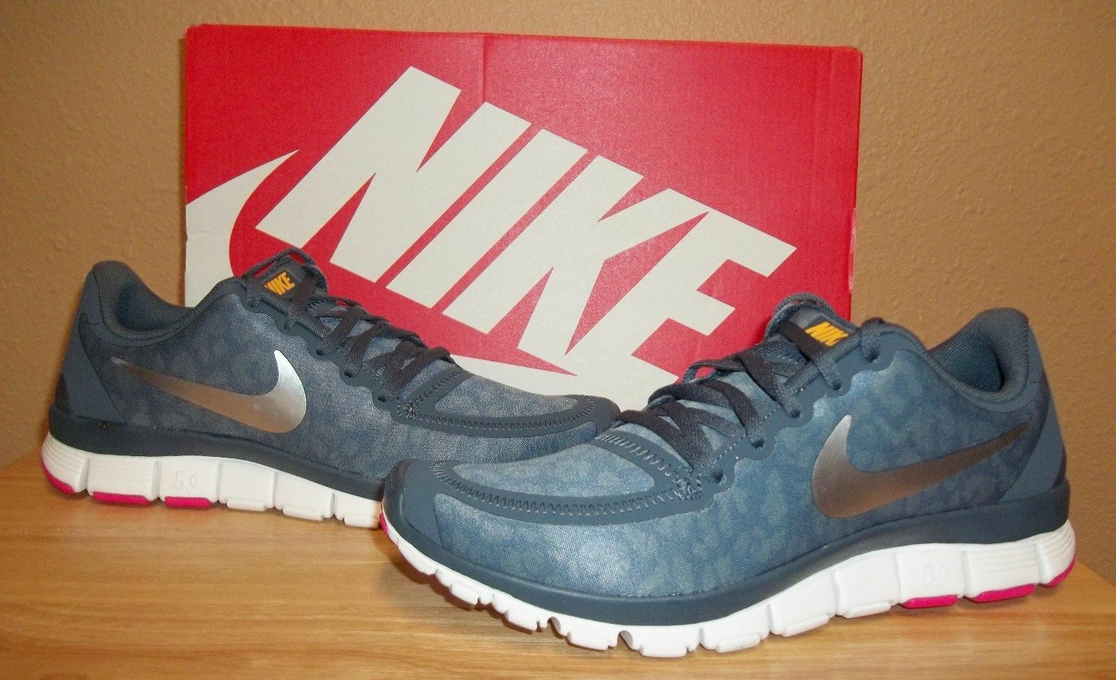 NIKE Free 5.0 V4 Women's Running Shoes sz US 5 Armory Blue Leopard Print NIB New