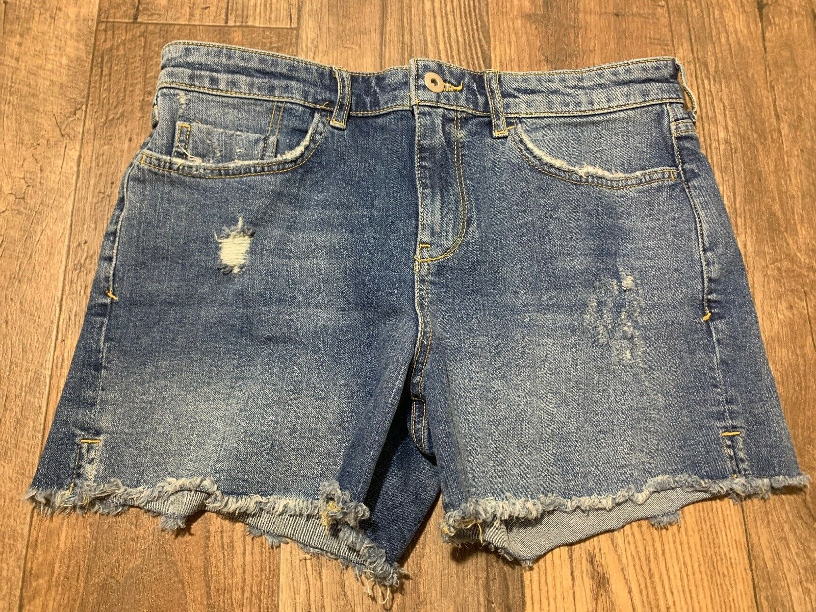 273e10a14a44be NEW NEW NEW Anthropologie Pilcro and the Letterpress Mid-Rise Denim Bermuda  Shorts 28 6 4f1acb