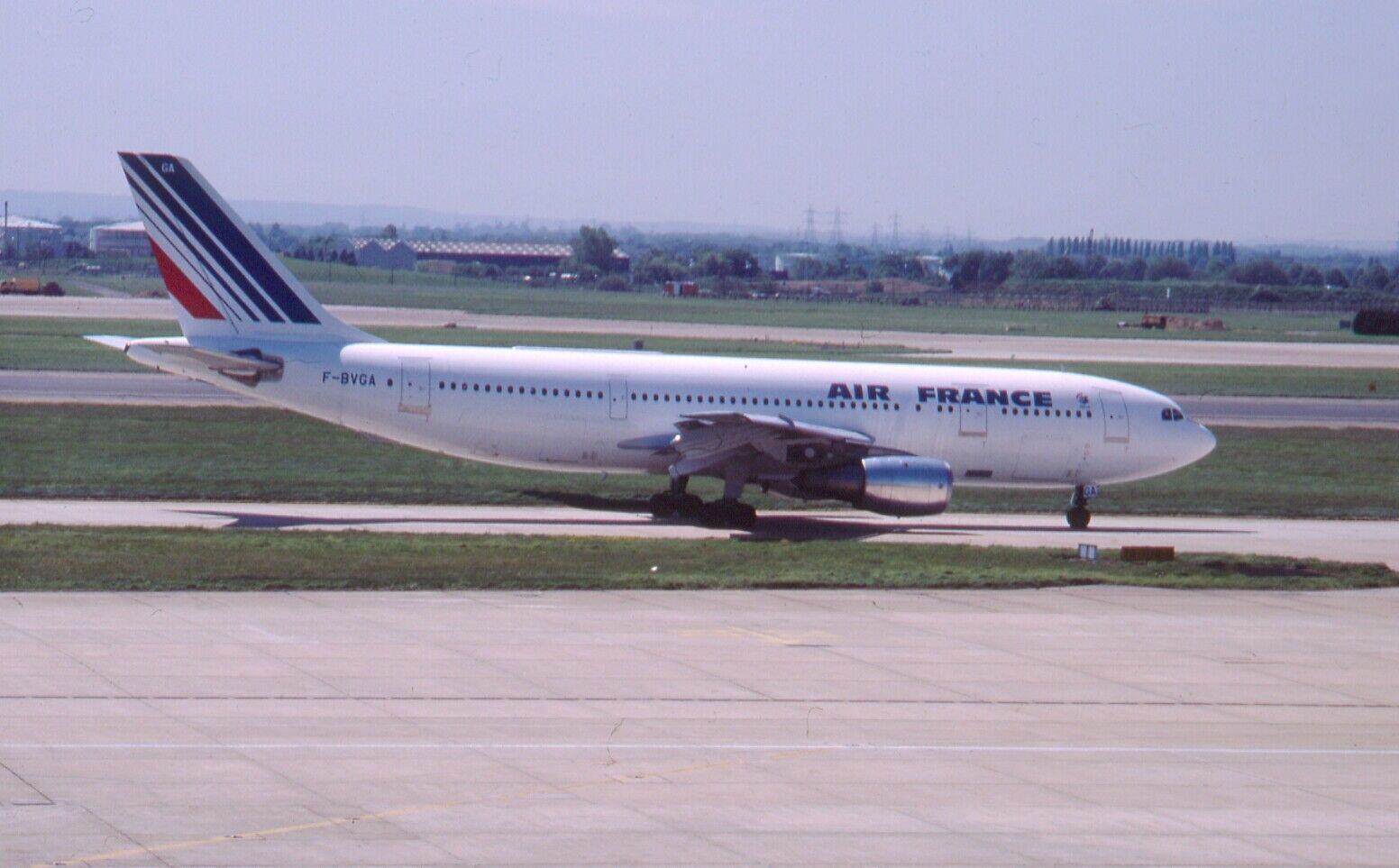 Original 35mm Aircraft slide Airbus A300B2-1C #107