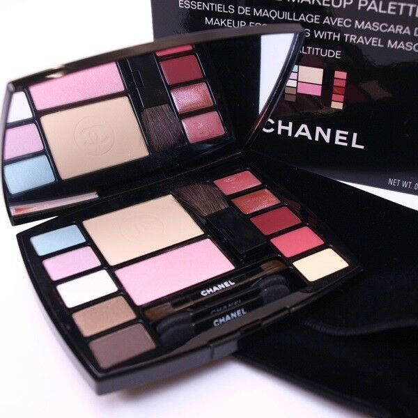 8d56a69626d CHANEL Travel Makeup Palette Altitude Essentials with 4 Brushes Blush  Mascara