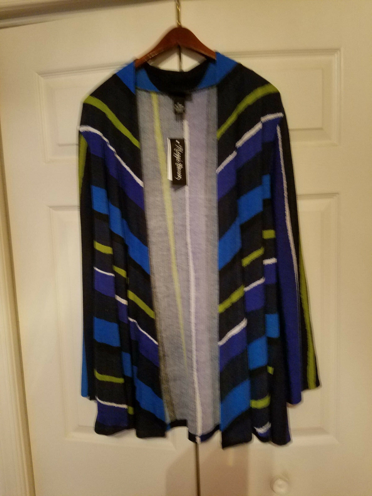Maggie Barnes Ladies Plus Size 1X Lime Green bluee's White Cardigan Sweater (NEW)