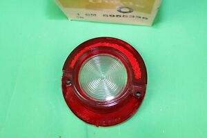 NEW-NOS-DELCO-GUIDE-LEFT-OR-RIGHT-BACK-UP-LAMP-LENS-1964-IMPALA-5955335
