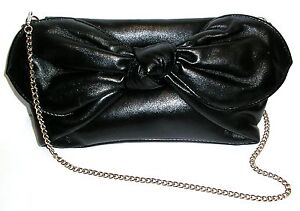 BLACK-EVENING-PARTY-FORMAL-CLUTCH-OR-CARRY-BAG