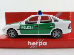 Herpa-043304-Opel-Vectra-B-para-trasera-escalonada-1995-1999-034-policia-034-1-87-h0-nuevo-en-el