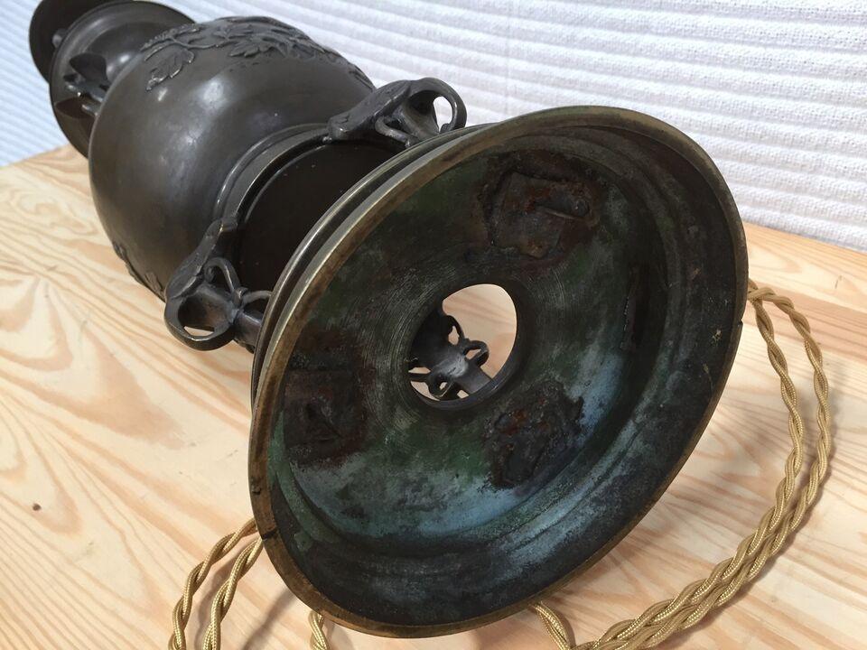 Antik kinesisk lampe