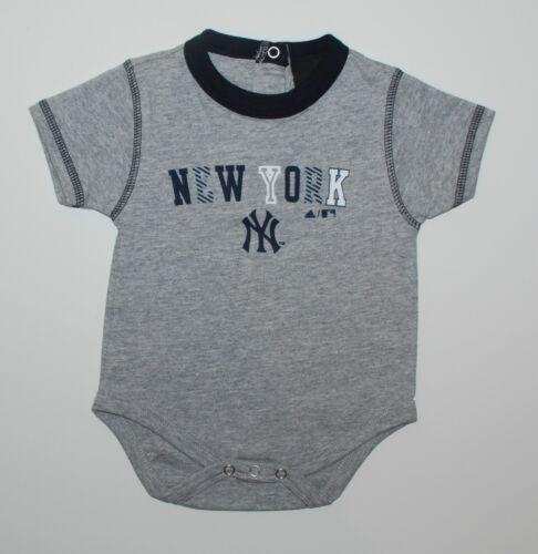 Body~USA~ADIDAS~68-74~verschied Farben~New York~Baseball~Spieler~Strampler~NEU