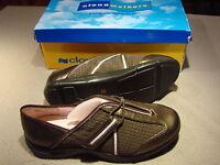 Women's Cloudwalkers Bronze Shoes Sneakers Size 11 W Wide