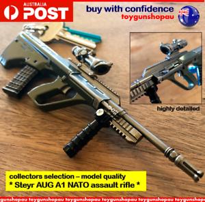 AUG-A1-Keyring-PUBG-AUG-A1-Model-NATO-Assault-Rifle-Gun-Keychain-AUG-gun-keyring