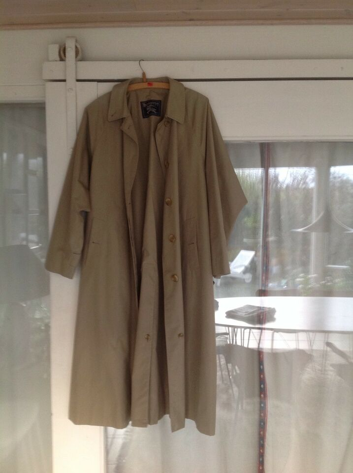 Trenchcoat, str. 42, Burberry