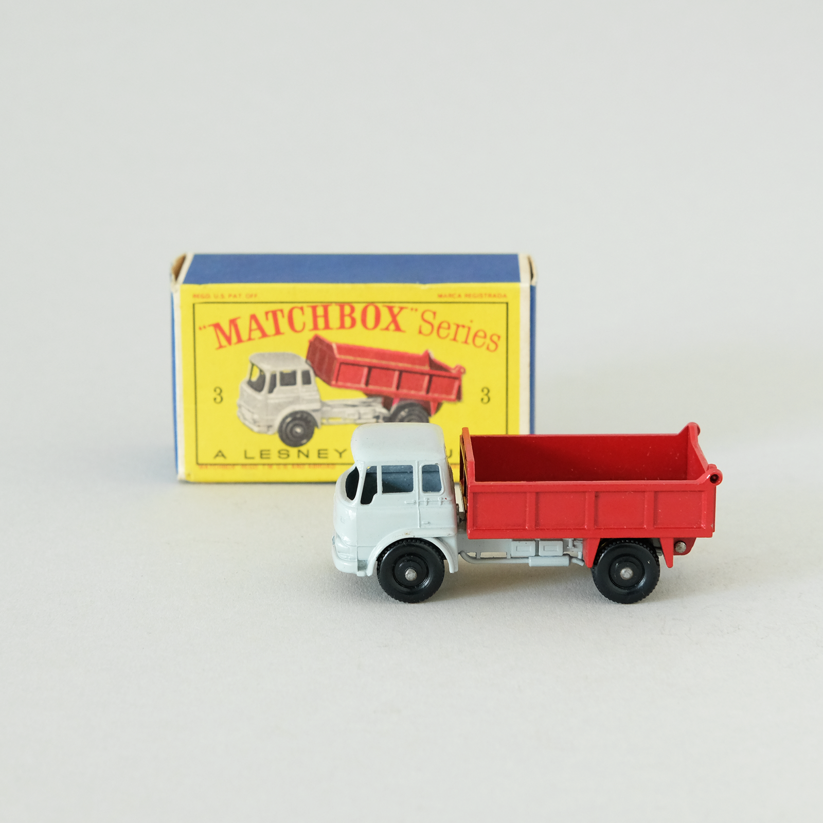 MINT CONDITION WITH BOX MatchBox Lesney Bedford Tipper 3 EXTREMELY RARE